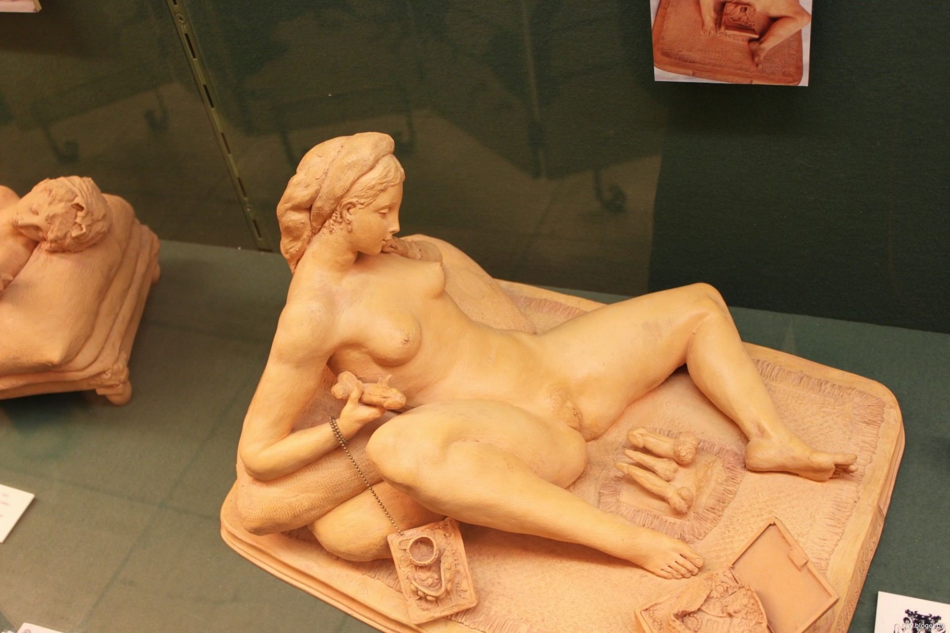 постепенно порно фото музей секса заполошенно